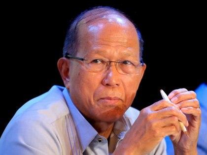 Delfin Lorenzana, secretario de defensa de Filipinas