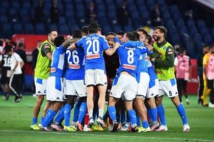 Impiden al Napoli viajar a Turín para jugar contra la Juventus ante los casos postivos de COVID-19 (EFE)