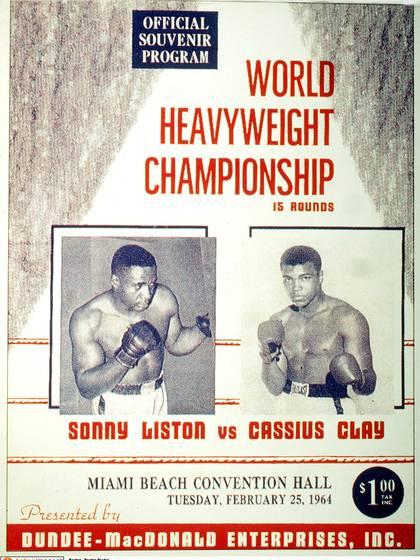 Un afiche de promoción de la pelea con Sonny Liston cuando aún se llamaba Cassius Clay.