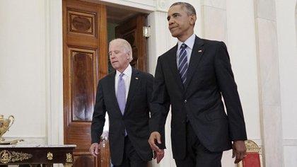 Barack Obama y su entonces vicepresidente Biden, en momentos de la firma del acuerdo nuclear con Irán. AFP PHOTO/MANDEL NGAN zzzz