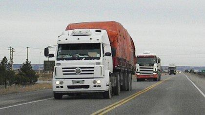 Camiones de carga.