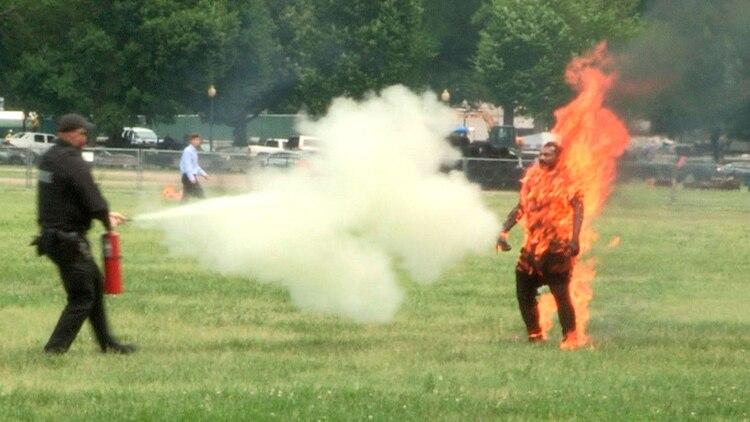Un hombre se prendió fuego frente a la Casa Blanca (EFE)