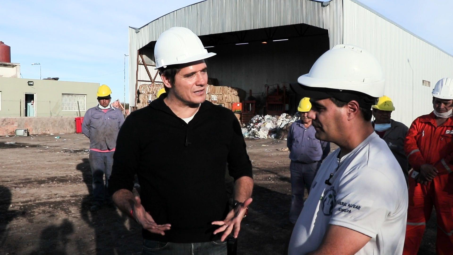 Guillermo Andino visitó las instalaciones de la cooperativa de recicladores urbanos