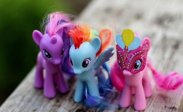 En 1985 tomó protagonismo My Little Pony, una serie de famosos ponys de colores que fueron furor por los colores y accesorios que los acompañaban. El éxito de este juguete fue tal que contaron con un total de ventas anuales de 16 millones de unidades en todo el mundo (Shutterstock)