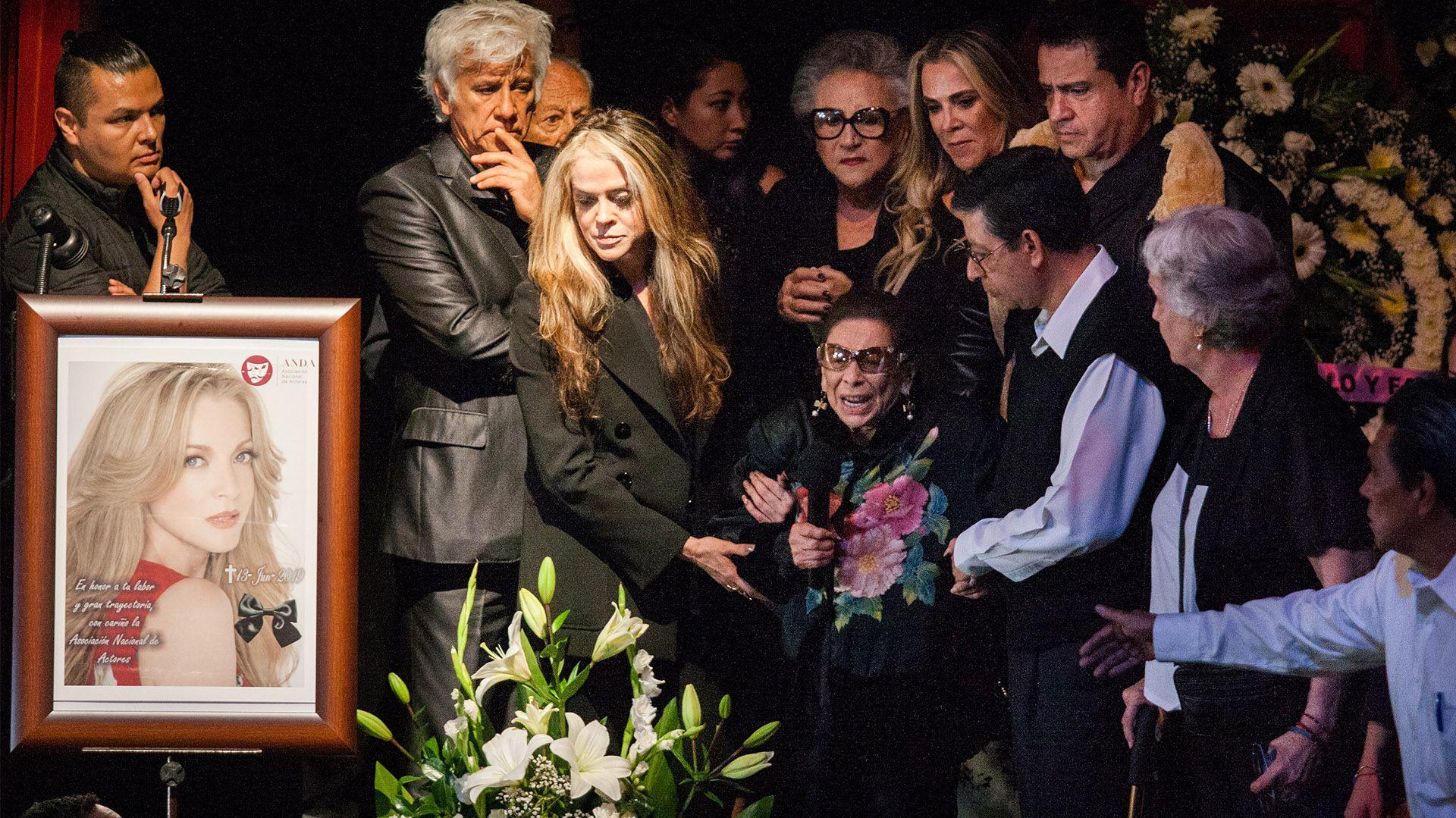 Ofelia Fuentes, madre de la actriz conmovió a los presentes con sus desgarradoras palabras (Foto: Galo Cabañas- Cuartoscuro)