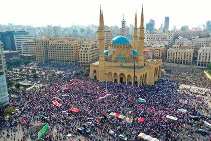 Vista aérea de la marcha del domingo en Beirut (AFP)