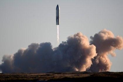 SpaceX lanzó su primer Starship durante una prueba en Boca Chica,Texas, el 9 de diciembre de 2020. REUTERS/Gene Blevins/File Photo
