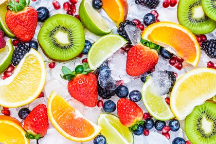 La fruta se puede comer en cualquier momento y es el colon donde las frutas producen gas (Foto: Shutterstock/Leonori)