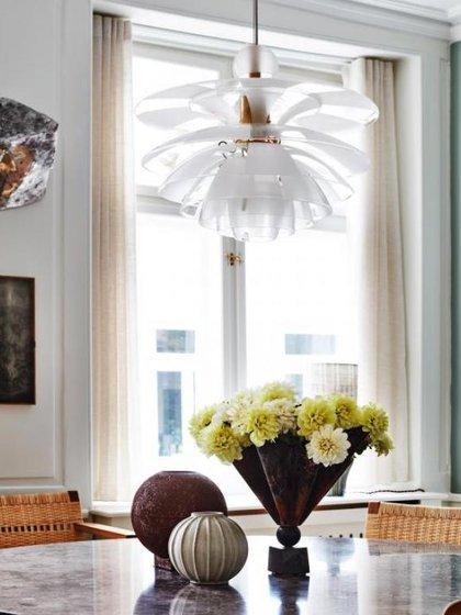 The Darling está diseñada para sentirse como un hogar sofisticado con lo mejor en diseño moderno danés y arte contemporáneo