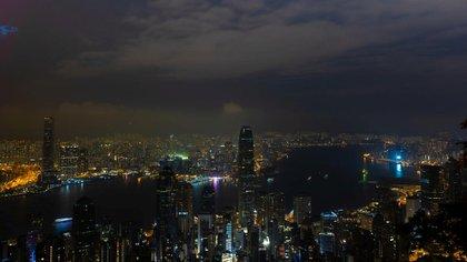 Una vista de Hong Kong durante las celebraciones de la Hora del Planeta 2021
