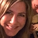 Jennifer Aniston y su amigo Matthew Perry en la primera fotografía de Jen en Instagram (@jenniferaniston)