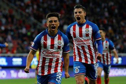 Para Fernando Beltrán, ésta es una nueva oportunidad de demostrar que los rojiblancos pueden competir por el título de la Liga MX (Foto: EFE)