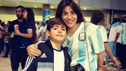 Gianinna Maradona y su hijo Benjamín (Instagram)