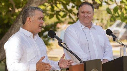Iván Duque y Mike Pompeo (AFP/Archivo)