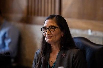 Audiencia de Haaland en el Senado. Decenas de republicanos no la apoyaron por su rechazo a la explotación de combustibles fósiles (Reuters)