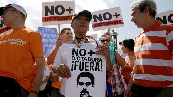 Qué es la cláusula democrática que el Mercosur activó para Venezuela