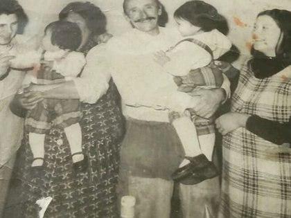 Nazarena en la panza de su mamá