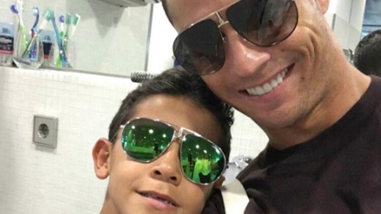Ronaldo explicó que intenta inculcarle a su hijo la importancia del esfuerzo y el trabajo