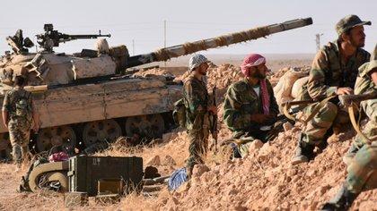 Sólo entre las tropas del régimen sirio se calcula que hubo 63.820 muertes (AFP)