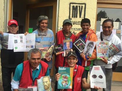 Con la venta de los ejemplares que ellos mismos escriben, los valedores perciben un ingreso (Foto: Mi Valedor)