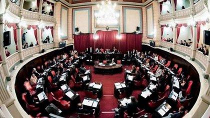 Hubo escándalo en el Senado bonaerense cuando, bajo el título de Ley de Víctimas, se quiso introducir una serie de beneficios para los presos
