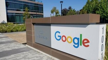 Cómo cambiar Google a modo oscuro