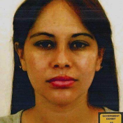 Así luce ahora la mujer que testificó contra Guzmán Loera (Foto: The Eastern District of New York / AFP)