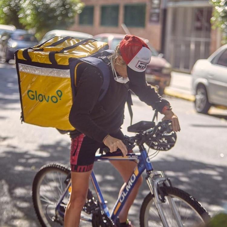 Belén Couso ideó una delivery solidario para ayudar a hogares para chicos