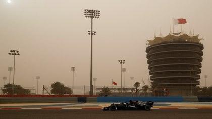 Todo el mundo espera ver el rendimiento de Mercedes en el circuito de Sakhir tras las dudas en la pretemporada (Foto: REUTERS)