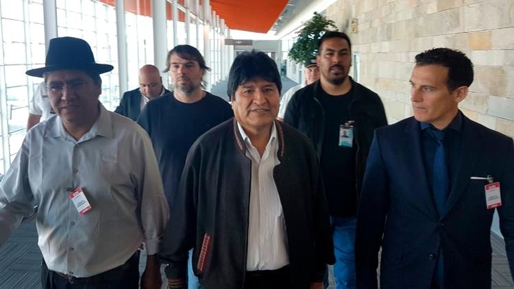 Evo Morales llega a la Argentina tras el asilo concedido por el gobierno de Alberto Fernández