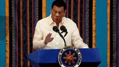 """El presidente de Filipinas habló sobre las posibilidades de un choque militar con China por el Mar Meridional: """"Sería sangriento"""""""
