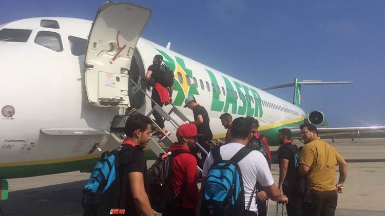 Caracas estuvo demorado cinco horas en el Aeropuerto Internacional La Chinita (Crédito: @Thomascl25)