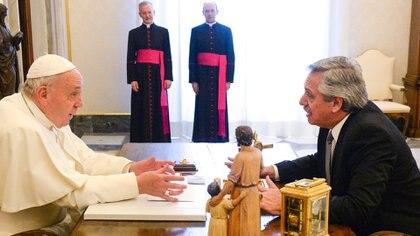 Alberto Fernández en su visita al papa Francisco en enero de 2020