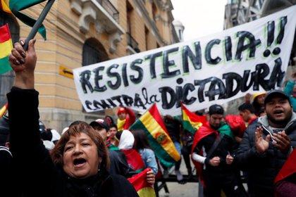 Manifestantes protestan contra el gobierno de Evo Morales en La Paz. (REUTERS/Carlos Garcia Rawlins)