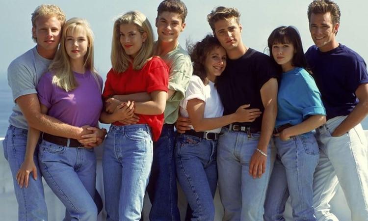 """Luke Perry fue internado el mismo día que Fox anunció el regreso de """"Beverly Hills 90210"""" con su elenco original"""