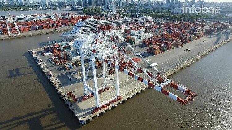 La terminal TRP del puerto de Buenos Aires, atiende el servicio