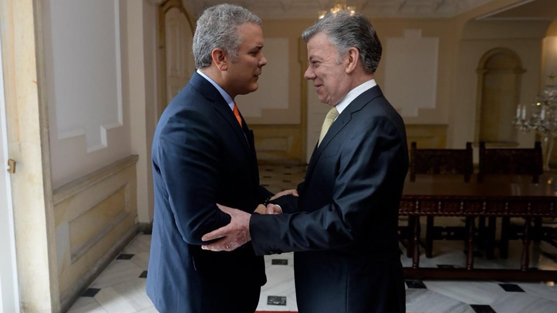 ¿Cuánto mide Juan Manuel Santos? - Altura Duque-y-Santos-juntos