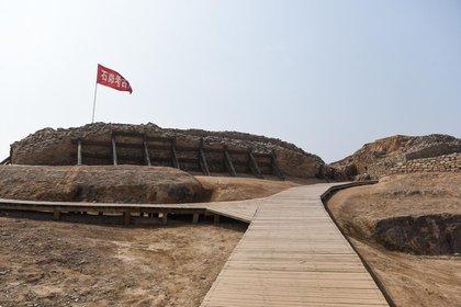 El sitio arqueológico Shimao, una gran ciudad neolítica del mismo periodo que la cerveza Mijiaya.