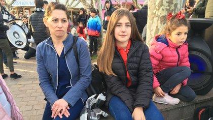 RocíoQuagliarello, de catorce años y la única sobreviviente de la masacre de San Miguel del Monte, participó de su primera marcha en pedido de justicia (gentileza InfoMonte)