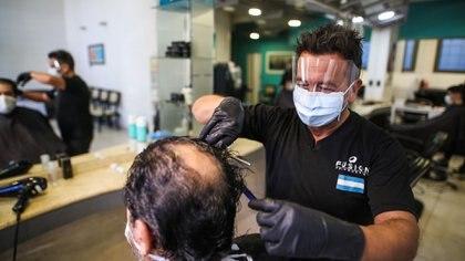 Una peluquería de Mar del Plata con protocolos de seguridad e higiene (Christian Heit)