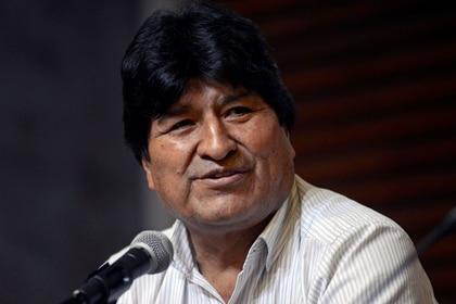 Foto de archivo. El expresidente boliviano Evo Morales asiste a una conferencia de prensa en Buenos Aires 27 de enero 2020. REUTERS/Mario De Fina