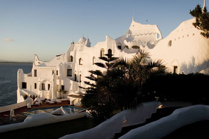 La mayoría de los turistas adquiere un régimen de media pensión (Getty Images)