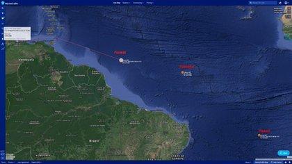 Los buques iraníes se encuentran cerca de Venezuela: es inminente su llegada al país caribeño