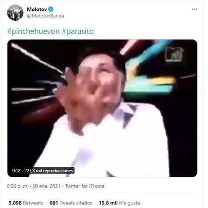 La banda usó los hashtags #pinchehuevon y #parasito (Foto: Twitter/@MolotovBanda)