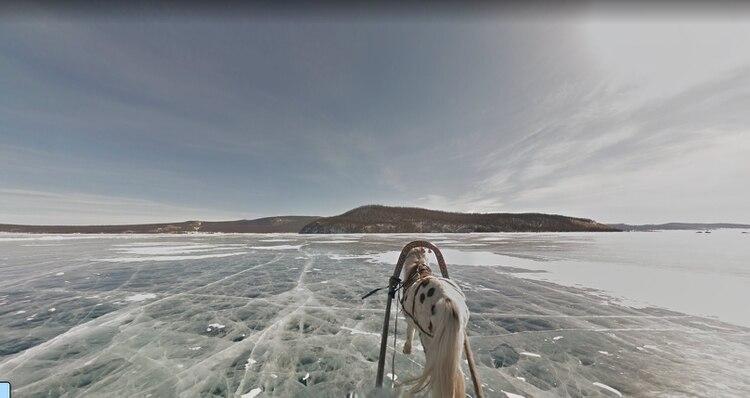 El lago helado de Mongolia, un paisaje imponente