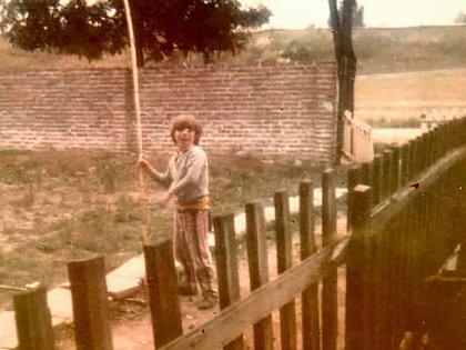 La niñez de Esteban tuvo privaciones, pero él siempre buscó la superación