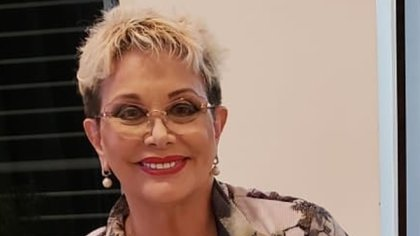 """Después de pasar un mes internada por coronavirus, Carmen Barbieri fue dada de alta y continúa su recuperación en su casa: """"Tiene las cuerdas vocales comprometidas"""", contó su asistente"""