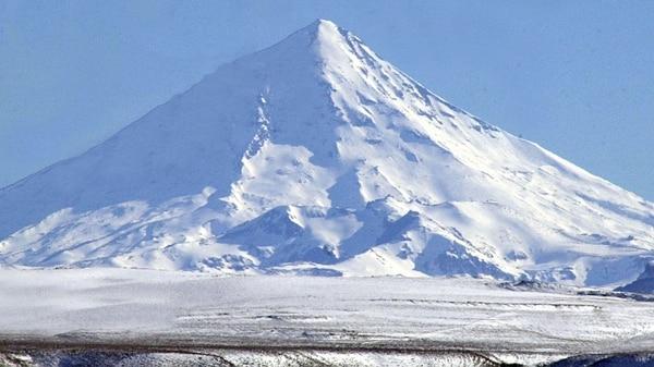 Volcán Lanín (Télam)
