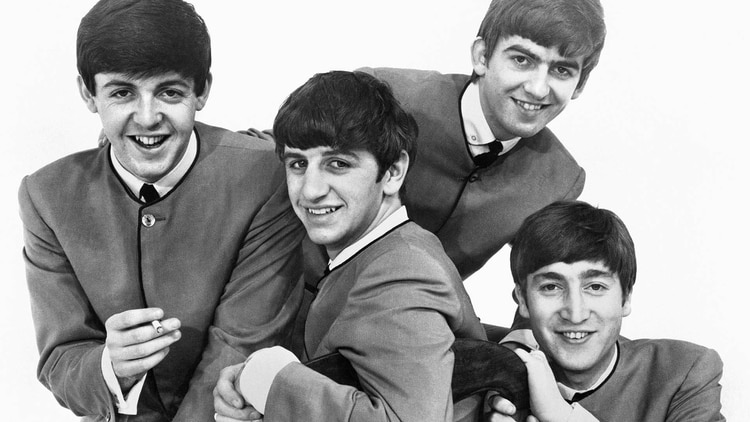 En 1960, en Hamburgo, se cruzó por primeras vez con los Beatles. Tocaban en el mismo lugar pero Rory y su banda cobraban más. En algún momento de esa temporada tocó la batería para Paul McCartney, John Lennon y George Harrison. Ellos lo pidieron para la banda (Shutterstock)