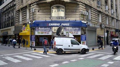 El Banco Central también analiza usar inspectores en la City con la idea de desincentivar las operaciones cambiarias en negro